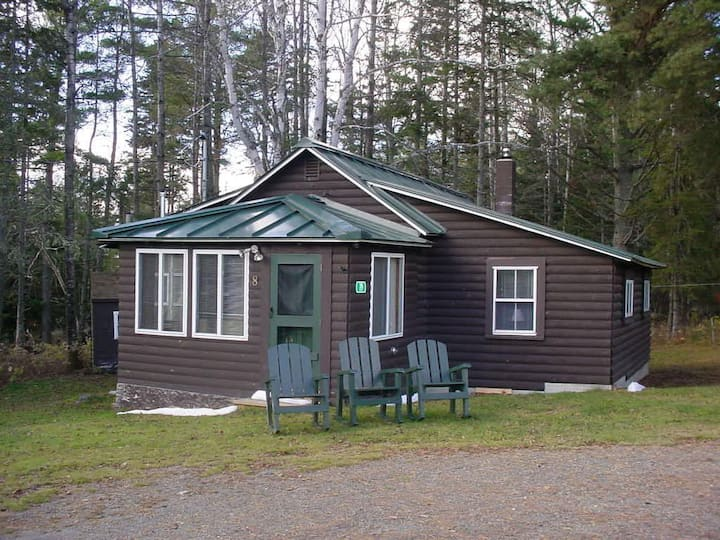 RM 8 - Shared water access at the Rangeley Manor cabin