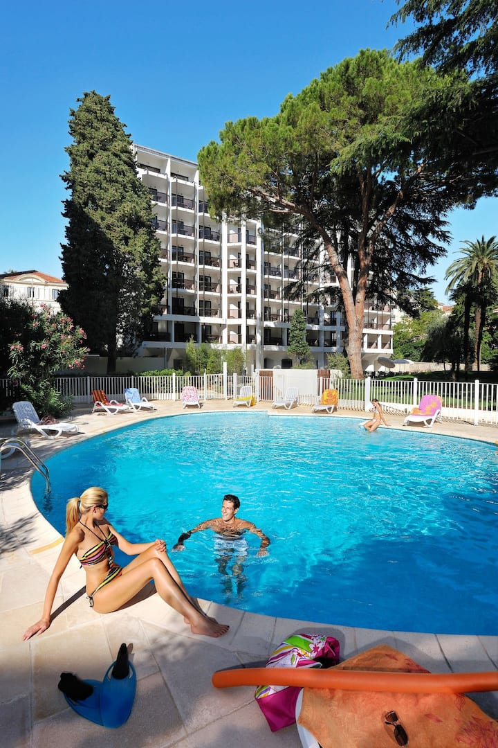Apartment Resideal Premium Cannes for 2 persons