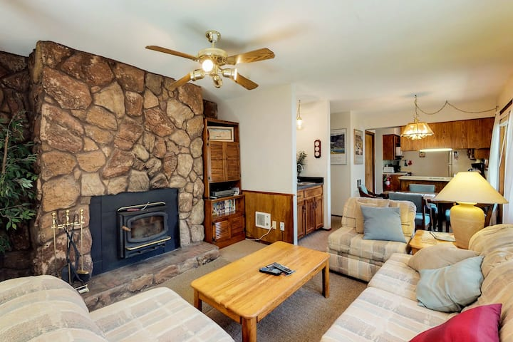 Dog-friendly condo w/ mountain views, patio, & easy ski access!