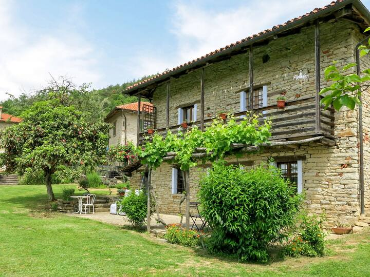 House Cascina Barroero for 4 persons