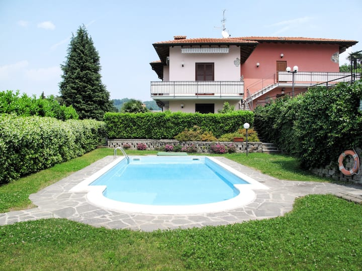 Parco Rosa (BDB160) for 4 persons.