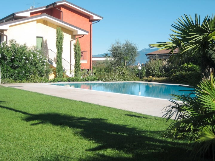 Apartment Residence Le Camelie for 6 persons