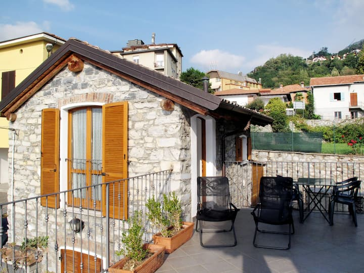 Pieve (GRV102) for 4 persons.