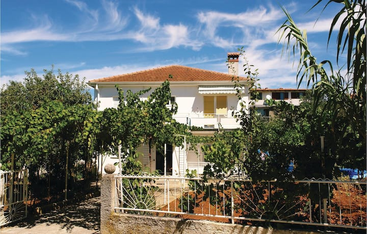 Awesome home in Pula with WiFi and 3 Bedrooms