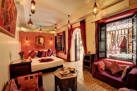 Sharifa Double Room in B&B Riad Dar el Souk