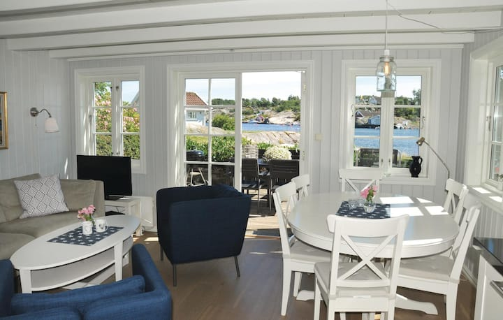 Nice home in Flekkerøy with WiFi and 3 Bedrooms