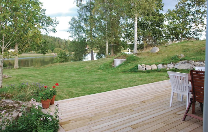 Awesome home in Eskilstuna with 2 Bedrooms