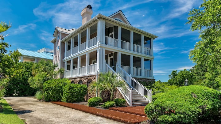 Beach House-Paradise with Screened Porches, decks, library, and wifi  Sunny Dune