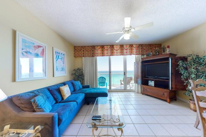 11th Floor Penthouse Condo w/ Gulf Views, Restaurant On-Site