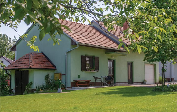 Beautiful home in Strigova with WiFi and 2 Bedrooms