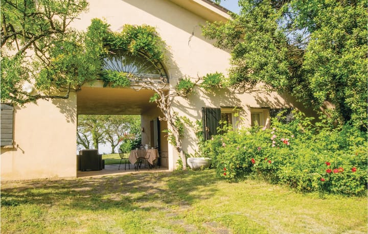 Awesome home in Rovolon (PD) with WiFi and 1 Bedrooms