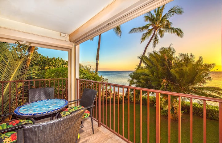 KBR #210 - 2 Bedroom/2 Bath - Stunning Ocean Front unit on Sugar Beach!
