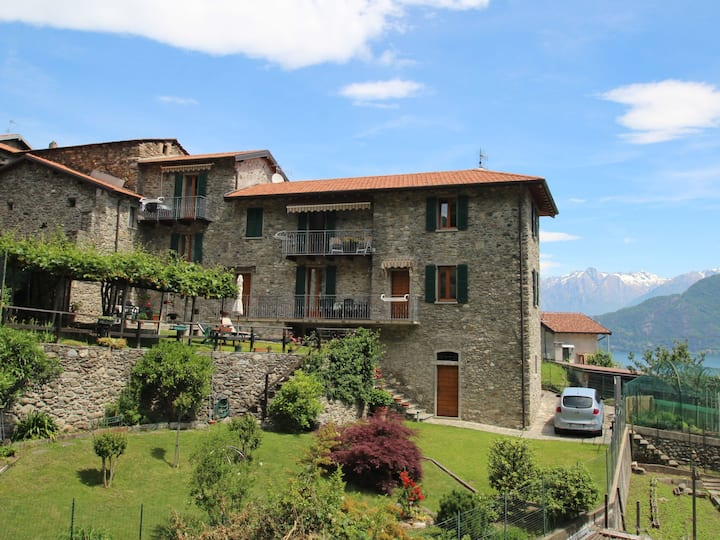 Holiday apartment Ghiano