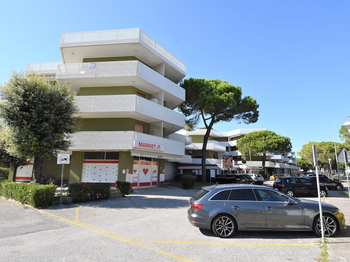 2-room apartment 37 m² Moschettieri for 5 persons