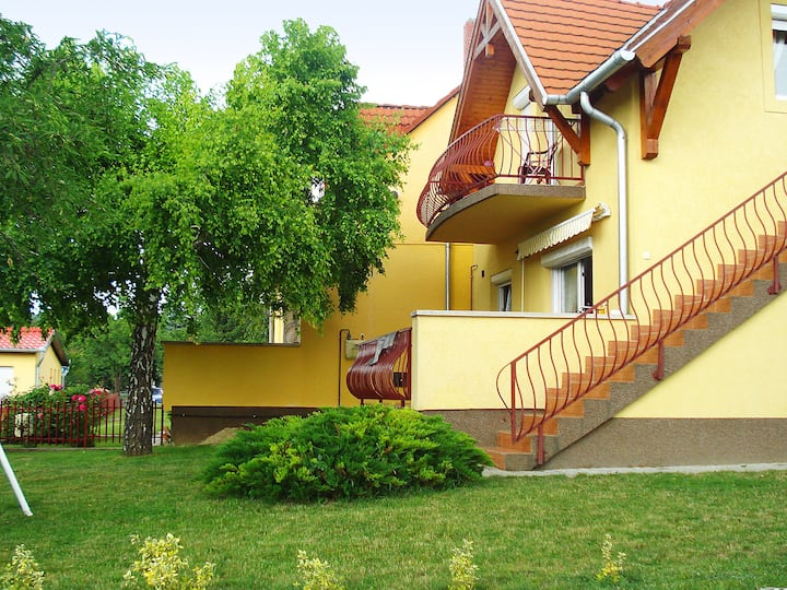 Balaton A615 for 6 persons.