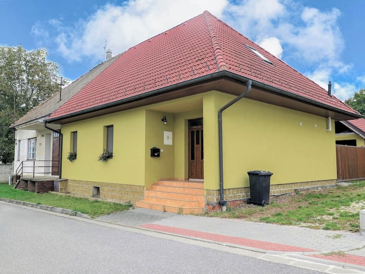 Townhouse in Mutenice for 8 persons