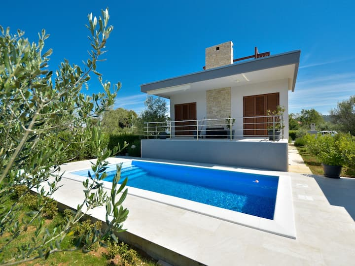 Holiday home Arbo for 8 persons