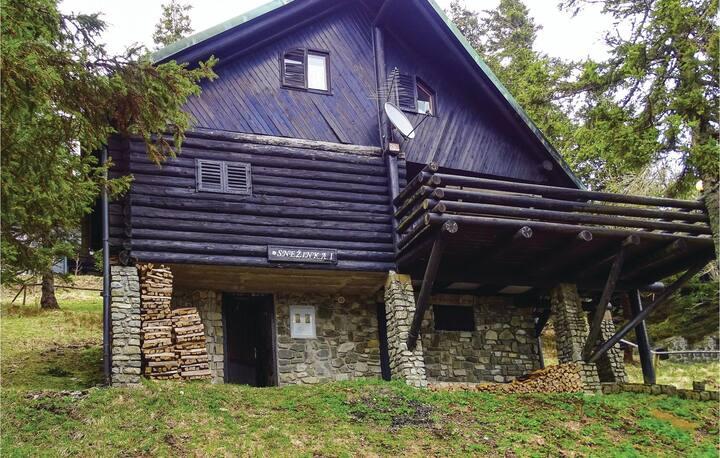 Amazing home in Smartno pri Sl.Gradcu with 2 Bedrooms and Sauna