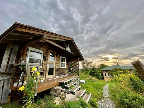 Off-The-Grid Cottage @ Nature-Based Retreat Centre