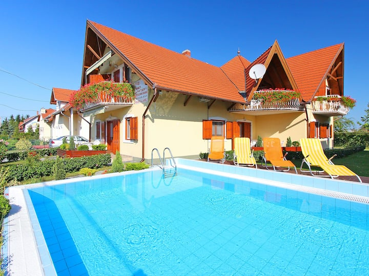 Balaton A403 for 3 persons.