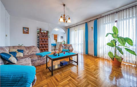 Amazing home in Fuskulin with WiFi and 3 Bedrooms