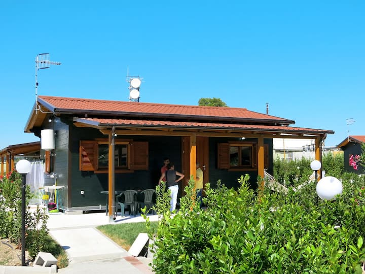Camping Green House Village (TDS150) for 4 persons.