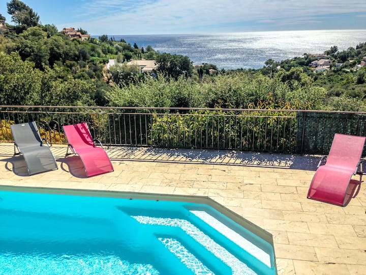 Villa Serpentines for 6 persons.