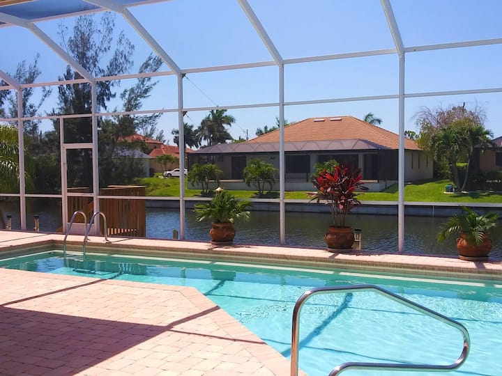 Villa Oasis for 10 persons.