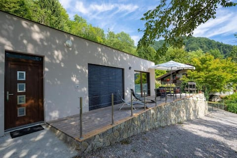 Nature View House