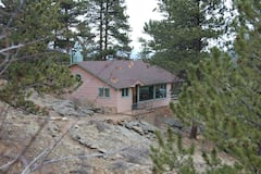 Romantic+Cabin-King+Bed+%26+Views%21