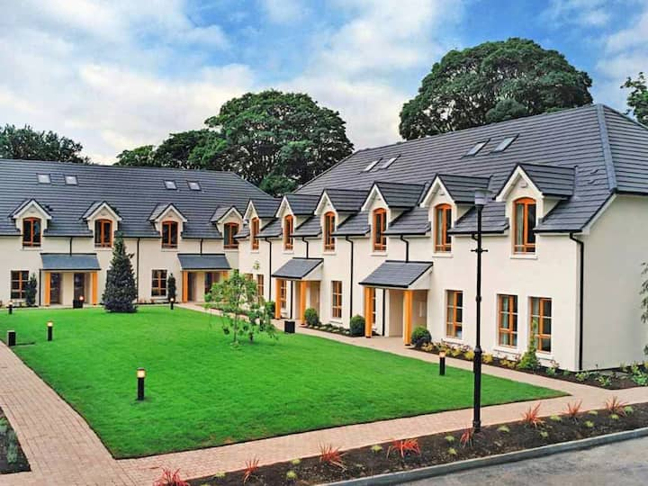 Heyward Mews for 5 persons.