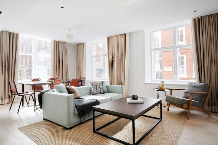 Sonder | The Arts Council | Sunny 2BR in Westminster