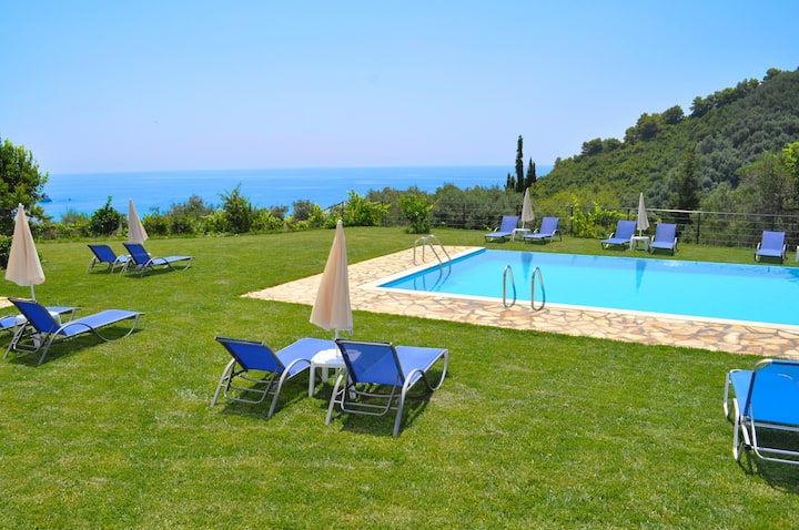 "Apartments with pool ""adonis"" in Pelekas Beach Corfu"