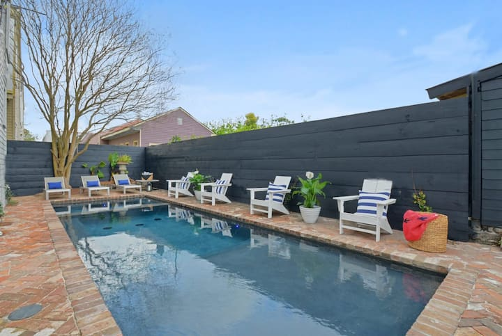 Garden District Oasis  on Magazine | Pool and Heated Spa