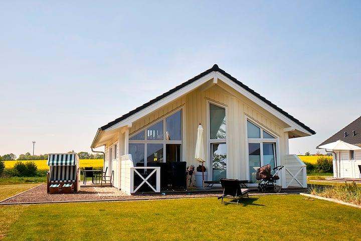 Ferienhaus für 4 Gäste mit 75m² in Bliesdorf (29180)