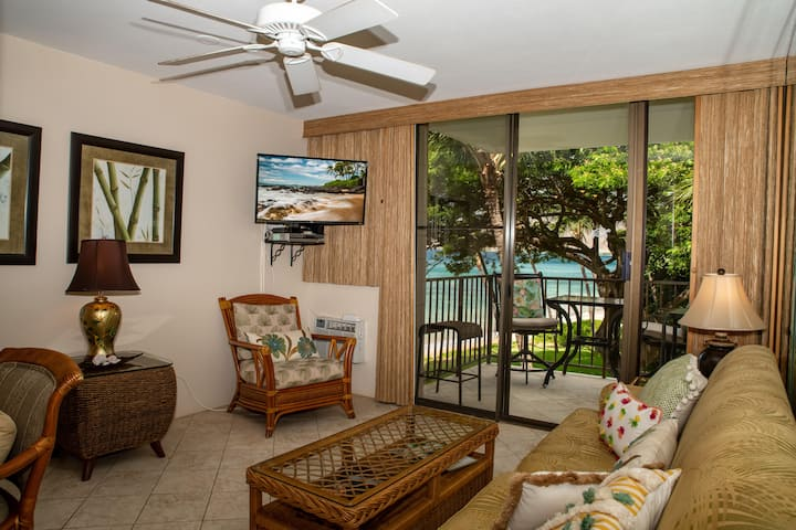 KR306-Beautifully Remodeled Ocean View Condo on Sugar Beach in South Maui