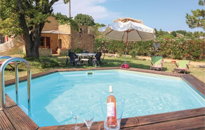 Beautiful home in St Paulet de Caisson with WiFi, Outdoor swimming pool and 1 Bedrooms