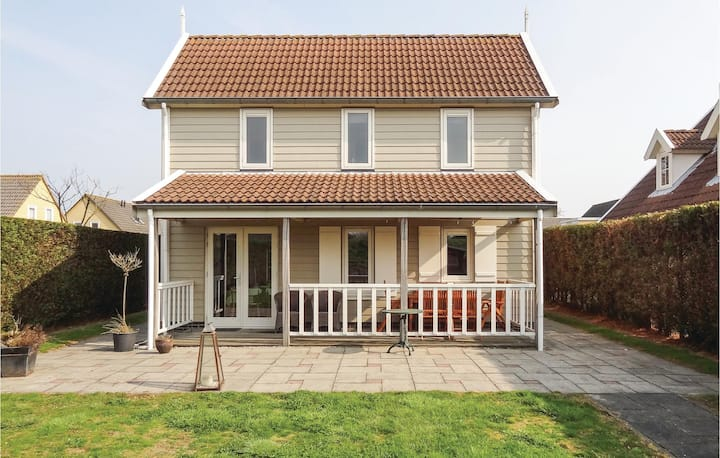 Awesome home in Wemeldinge with WiFi and 3 Bedrooms