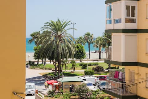 Fabulous Apartment 50m from the Beach Centrico