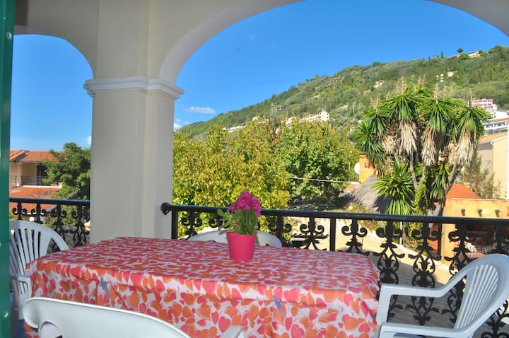 "Holiday Apartment ""yannis"" on the beach of Agios Gordios in Corfu"