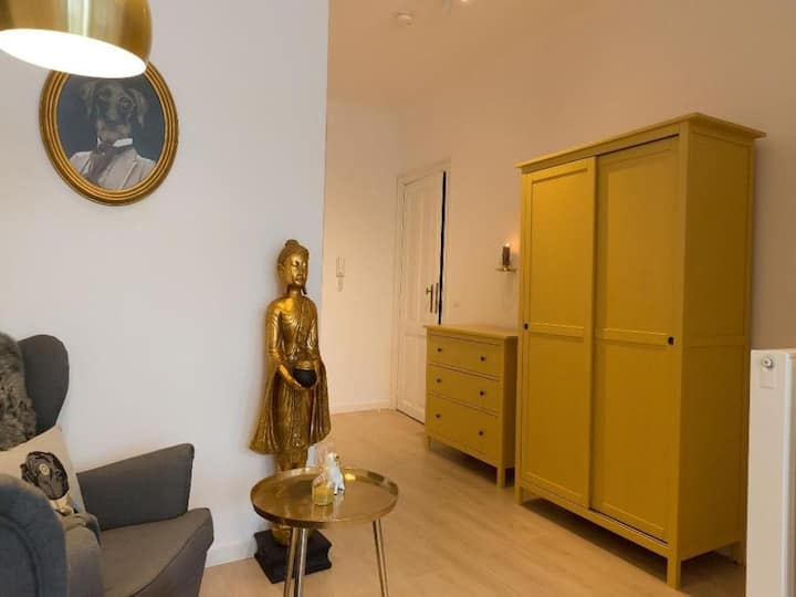 Bright 2bdr on the 1�floor EU quartier 82867