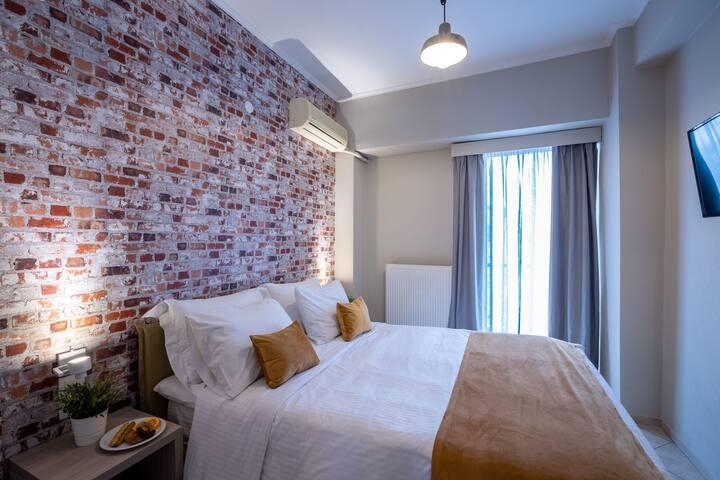 The Urban Double Room - Nantin Hotel Ioannina