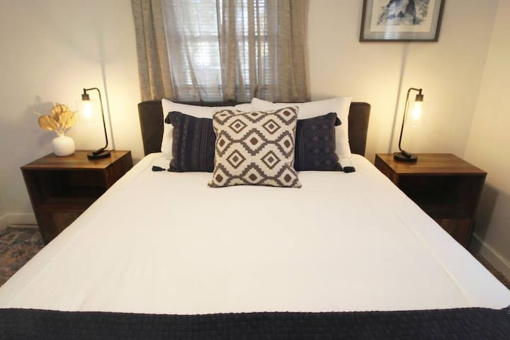 You'll sleep well in the master bedroom on a brand new queen sized mattress and choice of soft or firm pillows.