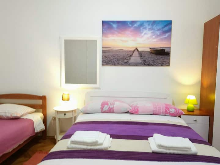Stay in the heart of Zadar at Peninsula Accomodation
