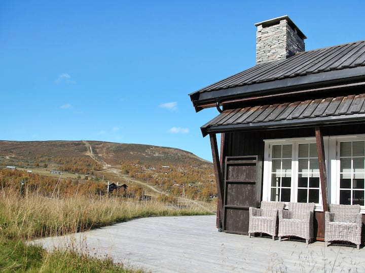 Havsdalsgrenda (HLD102) for 6 persons.