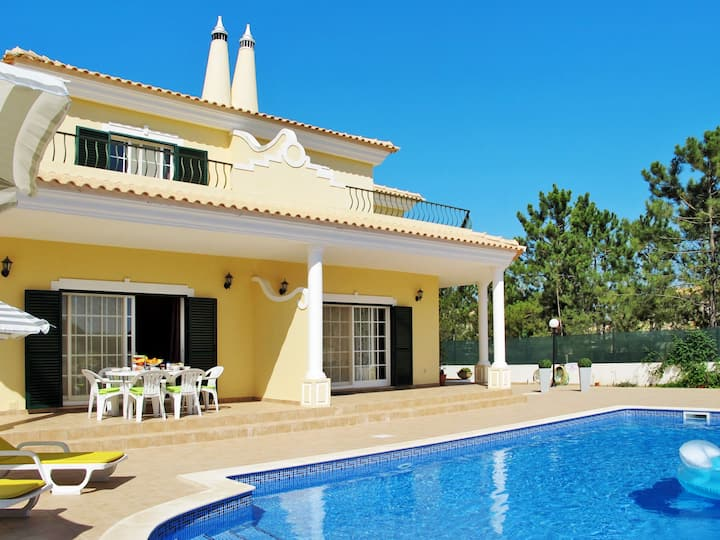 Vila Sol (VIM135) for 6 persons.