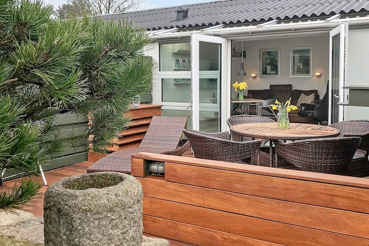 Cozy Apartment in Vejers Strand Near Sea