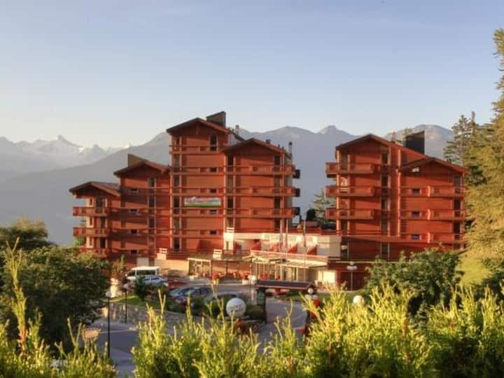 Appart-Hotel Helvetia Intergolf for 4 persons.