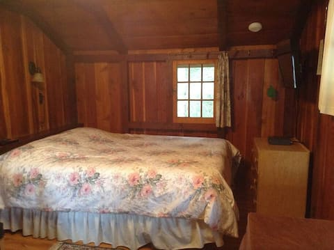 superior  cabin · superior  cabin · superior  cabin · superior  cabin · Bungalow 2 or 3 with indoor hot tub