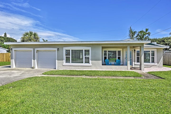 Satellite Beach Home w/Fenced Yard - Walk to Beach